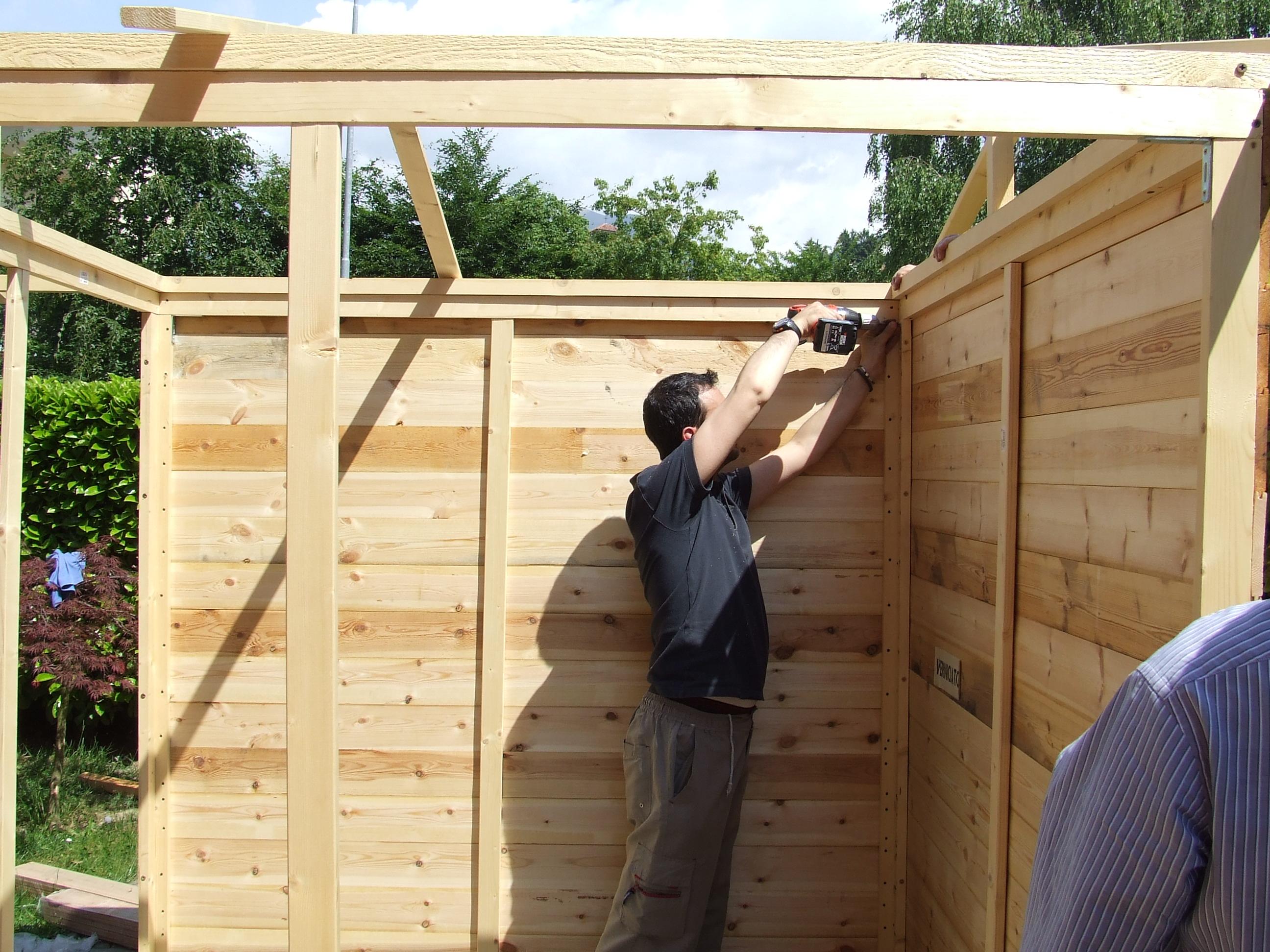 Casetta porta attrezzi in legno fai da te fardasefapertre - Vorrei costruire una casa in legno ...