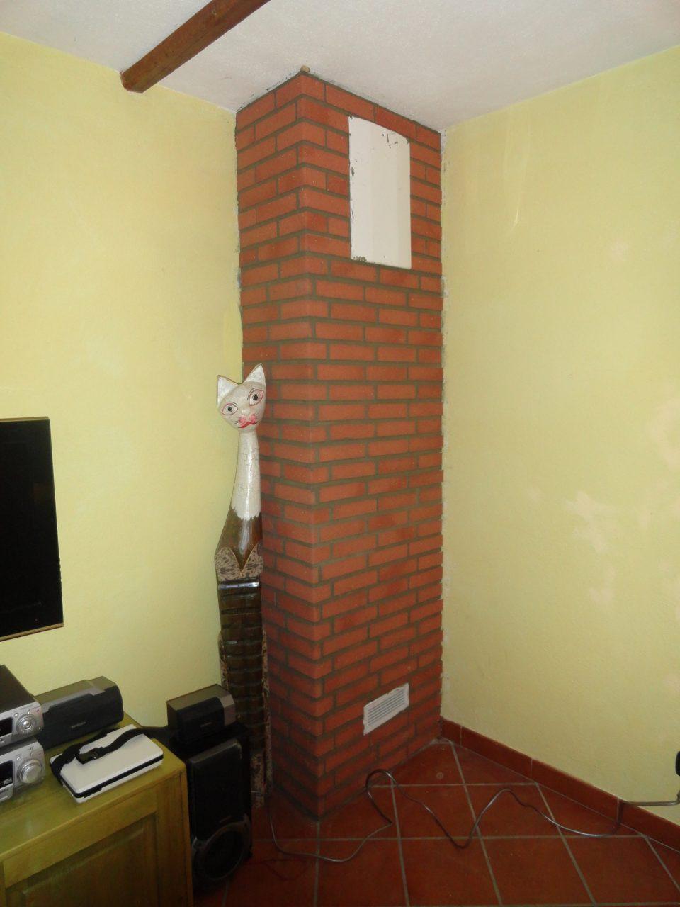 Creare una parete ad angolo con rivestimento in mattoni flessibili - Creare una parete in cartongesso ...